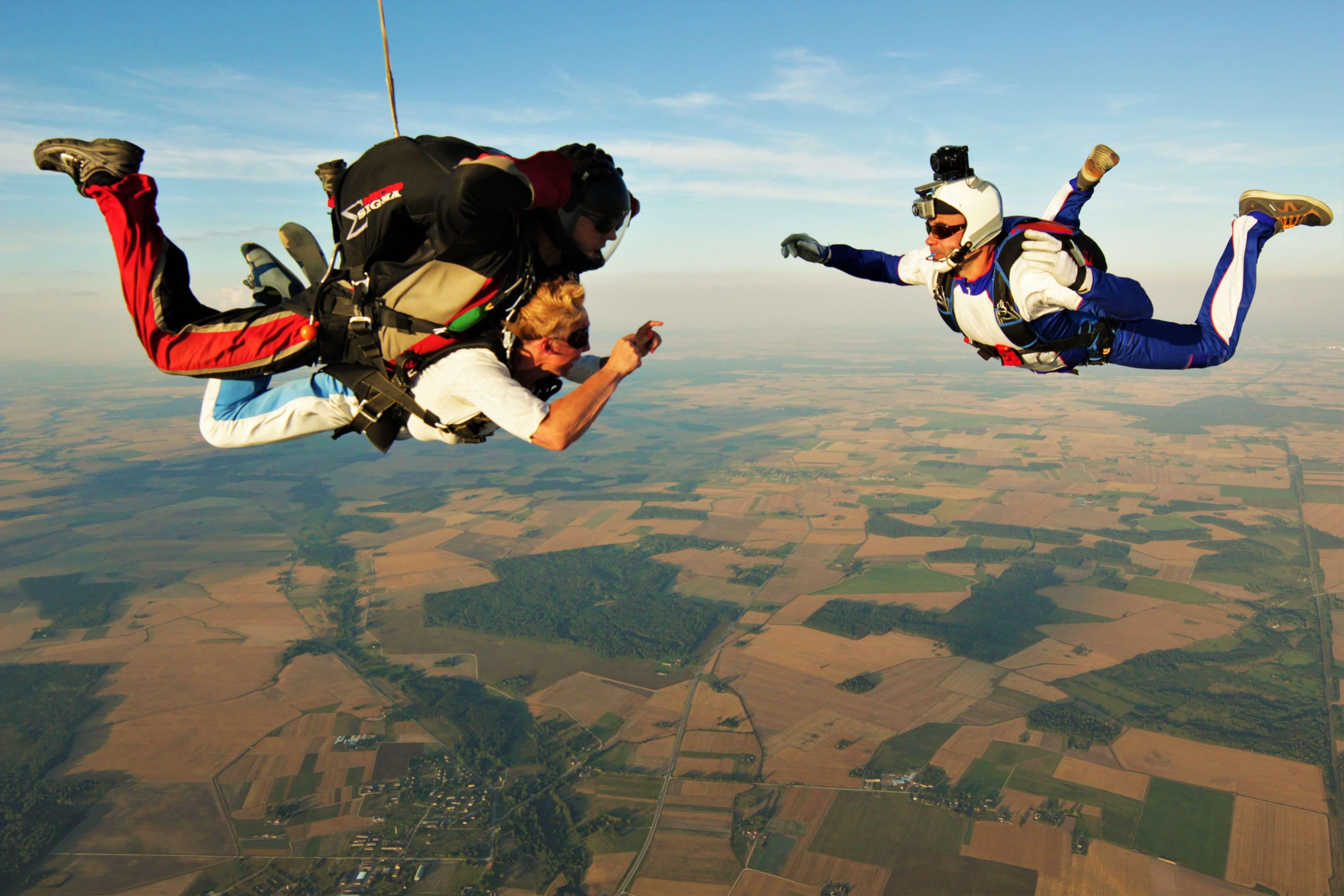 Картинка прыжок с парашютом, прикольные картинки фото